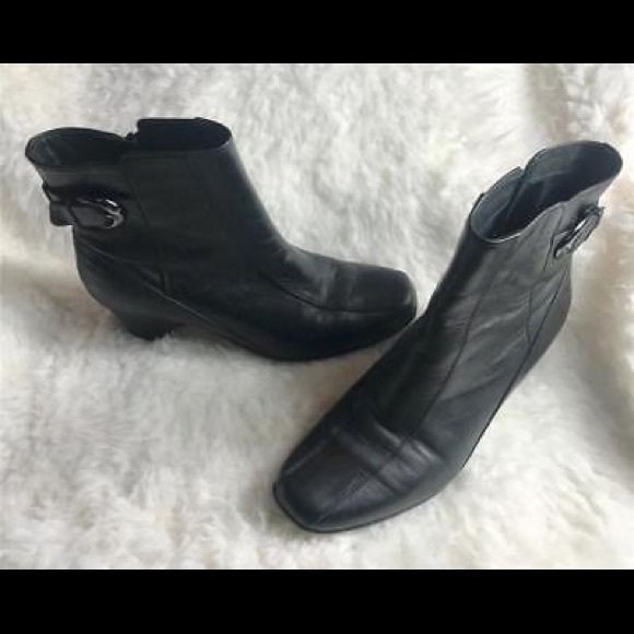 Black Leather Ankle Boots 85